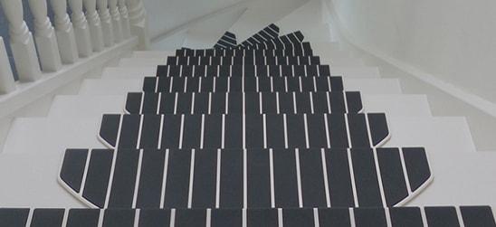 De kunststof trapmaantjes zorgen voor een strakke en moderne uitstraling van uw trap